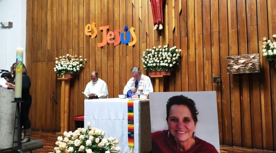 Misa en honor del primer mes de fallecimiento de Gloria Dávila