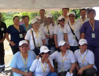 Equipo médico de Fundación Tierra Nueva