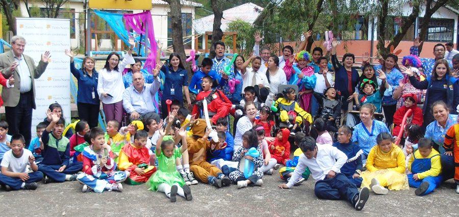 Xavier Torres, Ministro de Vivienda, compartió el día del niño en el CDI